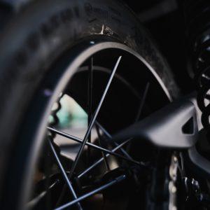 Chambre à air, pneus, jantes, roues